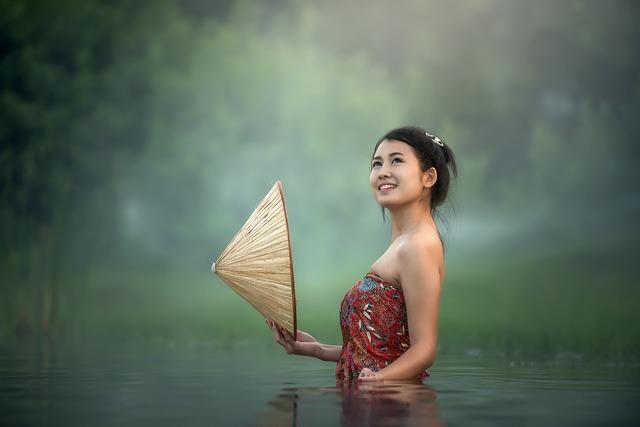 Ázijská žena.jpg