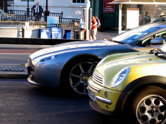 dve autá.jpg